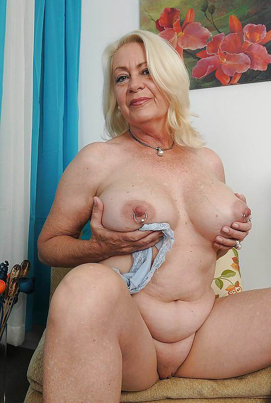 Porn granny video