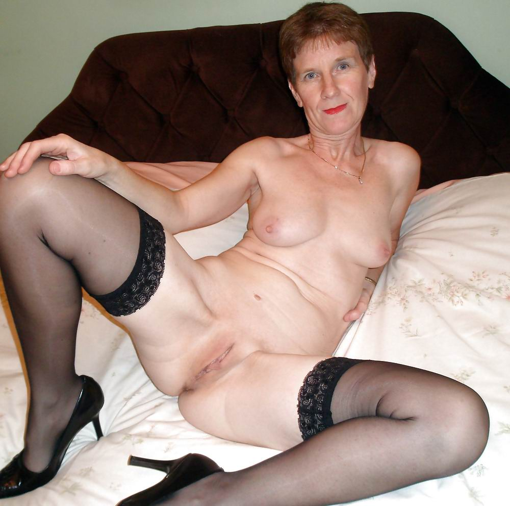 Granny nude free galleries