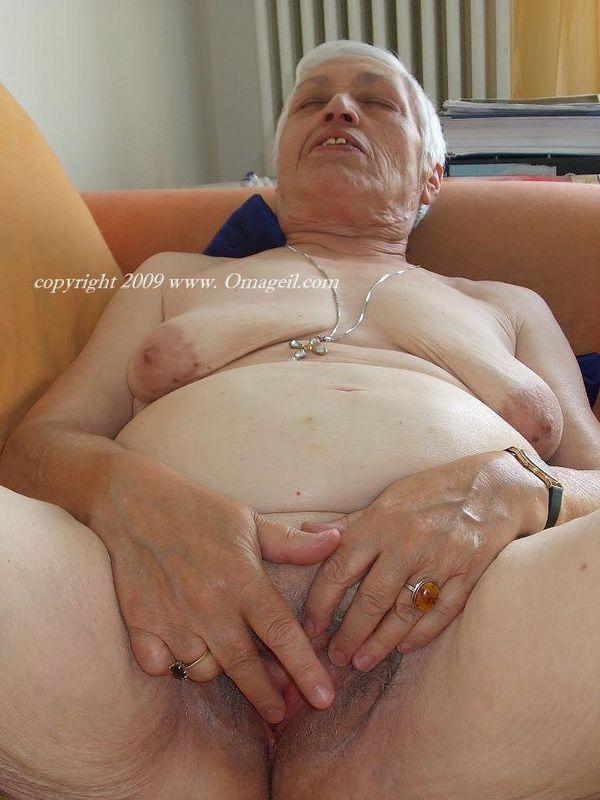 Granny head 35 fat old norwegian slut amp younger swedish guy - 2 part 4