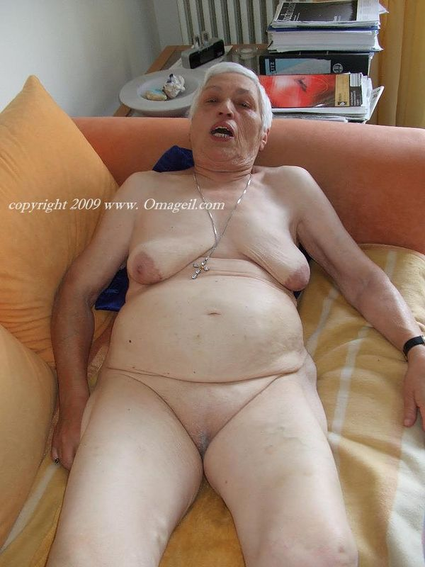 Real black mexican granny really enjoy suckinyoung fat dick